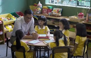 06_教师节的礼物:五个小孩的校长